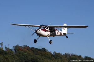 Cessna_120_airplane_picture