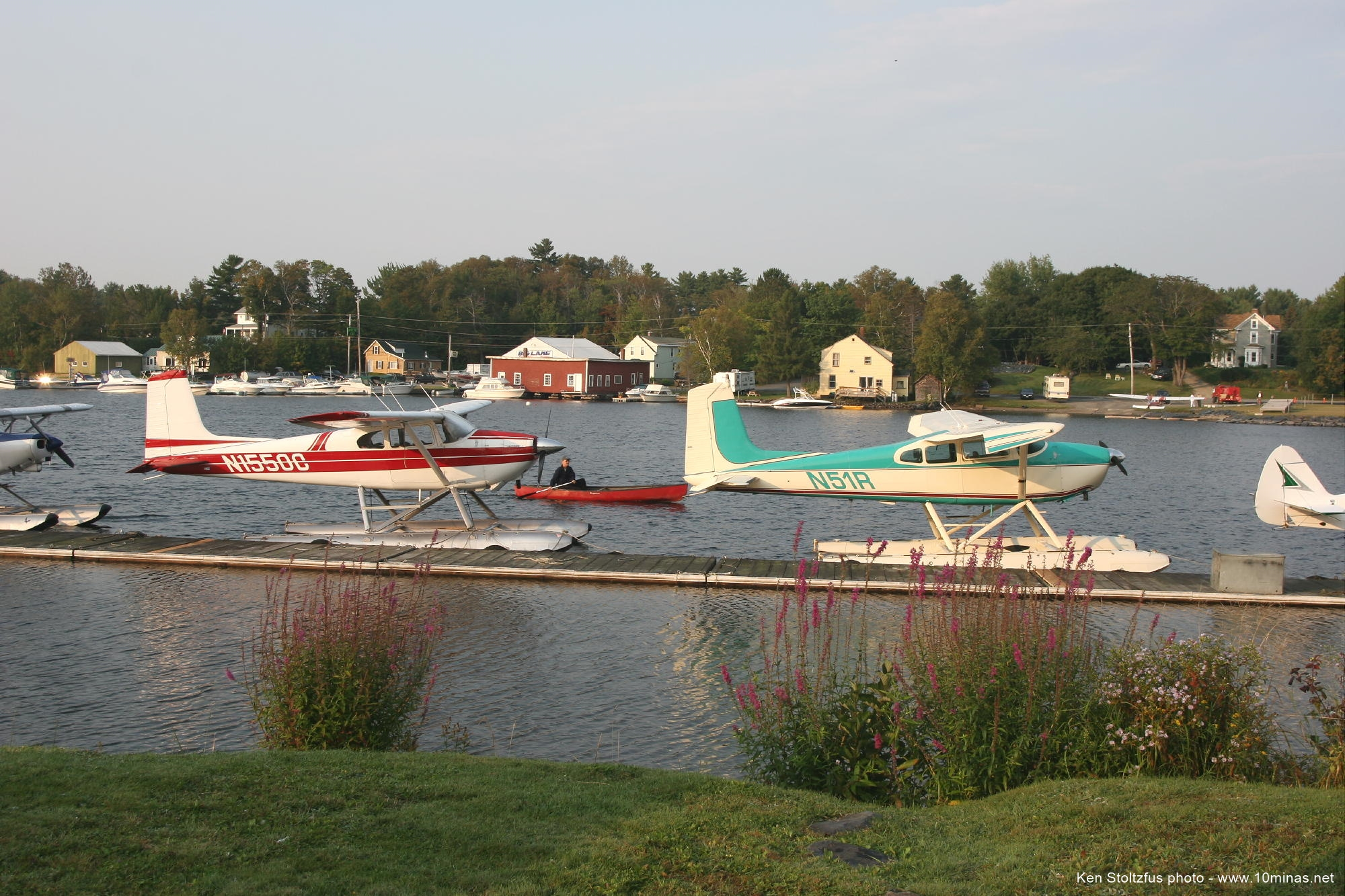Cessna_180_Moosehead_Lake_Maine_photo
