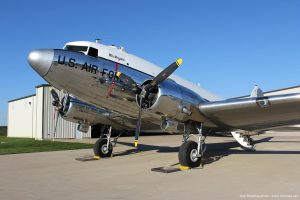 Dynamic_Aviation_DC-3_photo