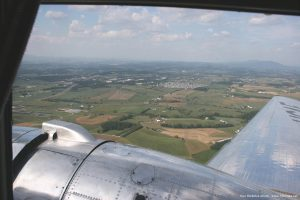 Photo_of_the_Shenandoah_Valley_from_a_DC-3
