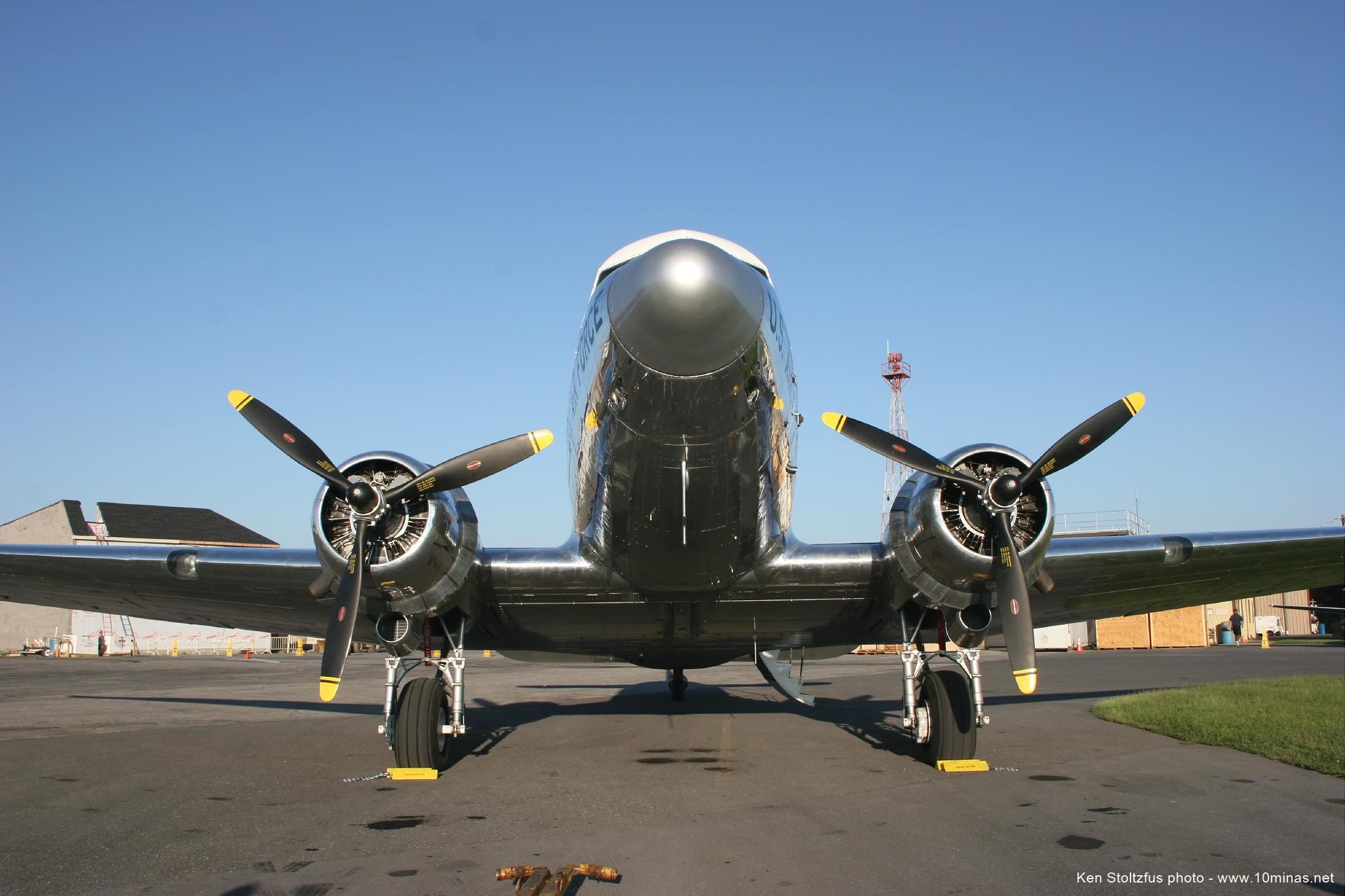 DC-3_aircraft_JAARS_Waxhaw_NC