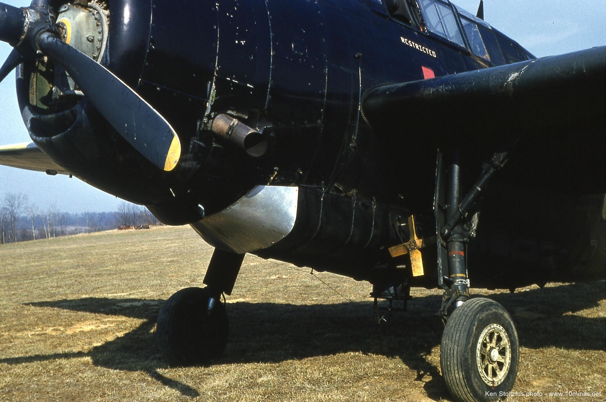Grumman_TBM_Avenger_Airplane_picture
