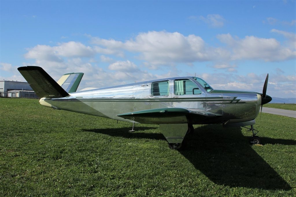 Beechcraft_Bonanza_photo